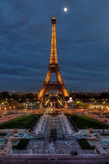 Paris- Eifelturm by Christian Krieglsteiner