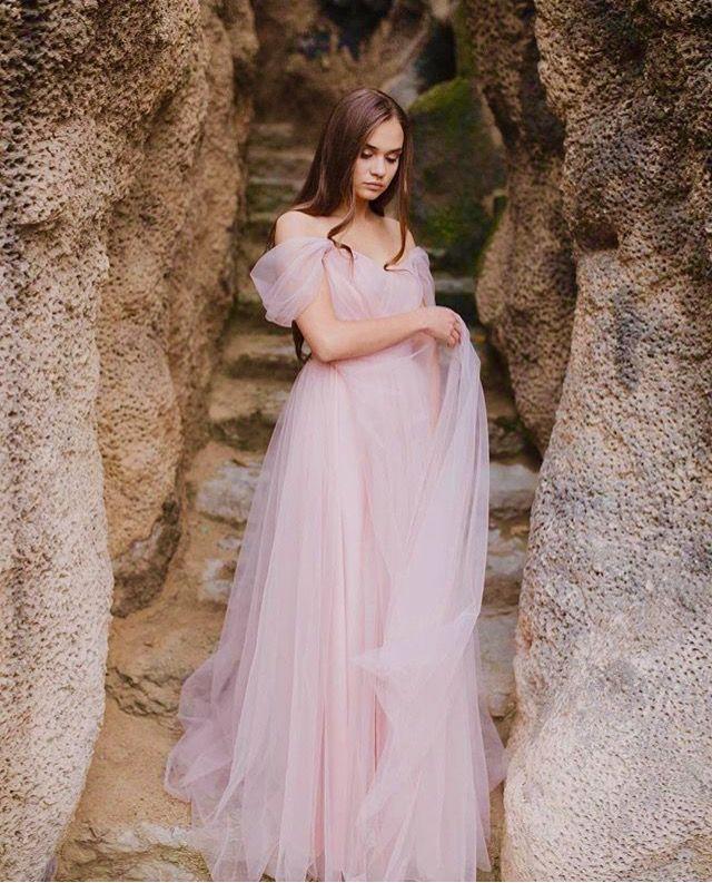 Przepiękna, romantyczna suknia Iris niebawem będzie dostępna do przymiarek  podoba Wam się?  #wedding #weddingdress #weddingcake #instag #celebrations #bride #happy #romantic #marriage #sukniaslubna #romantyczna #poland #wesele #pannamloda #followme #follow4follow