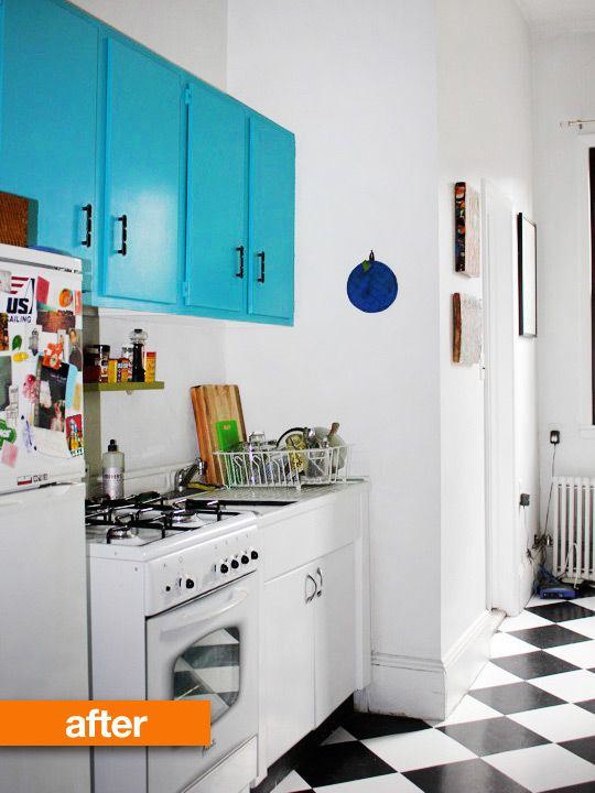 I absolutely hate builder's grade cabinets but I really like what a coat of paint and undated hardware does for this kitchen. It really brings life to the kitchen on a budget.