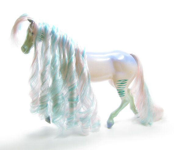 Fashion Star Fillies Royal Beauties Anya Horse
