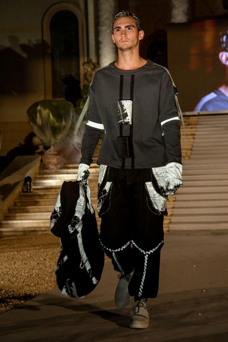 "The Night Is Young: ""The Catwalk""!! Alina Peuker from @esmodmunich ""Indigo Latitude""! #iskool #iskoolfinal #isko #catwalk #fashion #denim #denimlovers #style #fashiondesign @mavieu @iskodenim"
