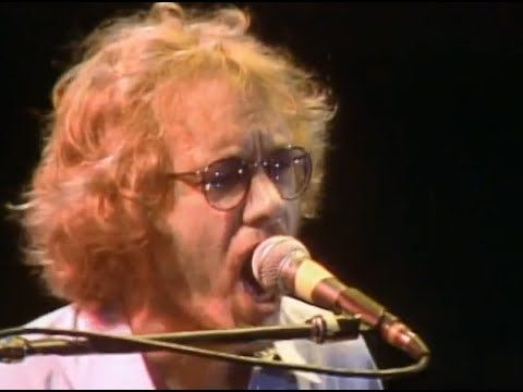 Warren Zevon - Accidentally Like A Martyr - 10/1/1982 - Capitol Theatre (Official) - YouTube