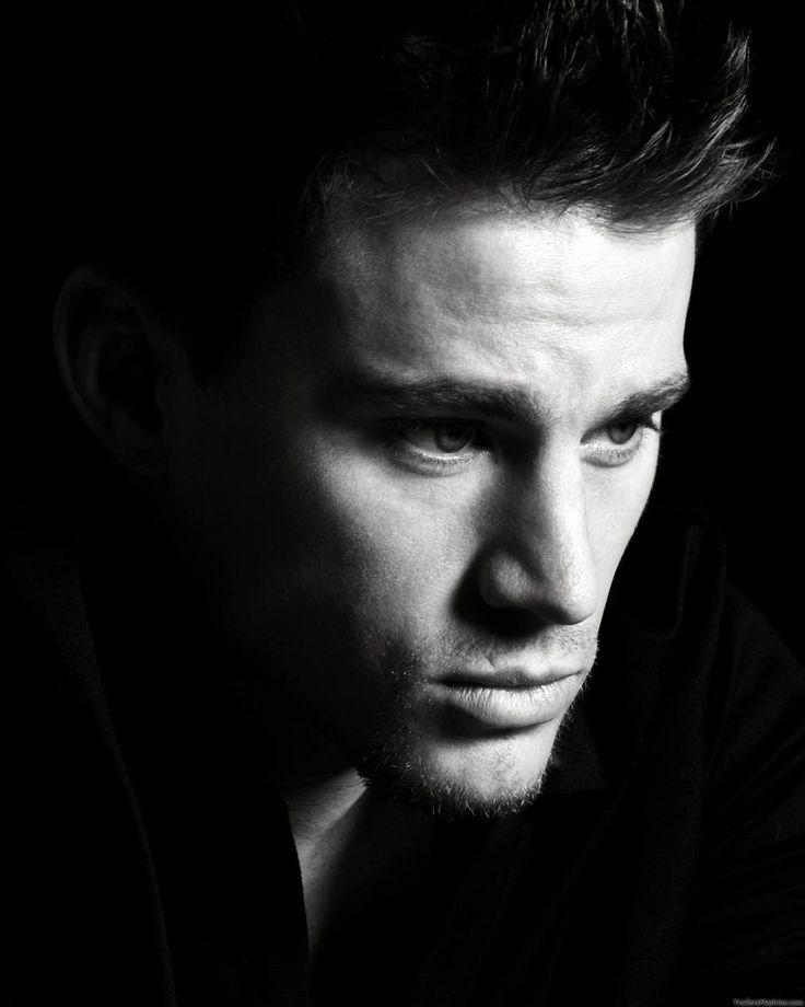Красивые мужчины картинки черно белые