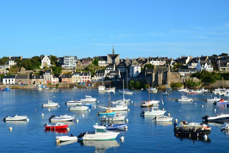 La Bretagne, les îles bretonnes, les villages de pécheurs, la pointe du Raz, le port de Brest et bien d'autres atouts touristiques et culturels à (re)découvrir avec Bontourism®, Tout l'Art du Voyage…