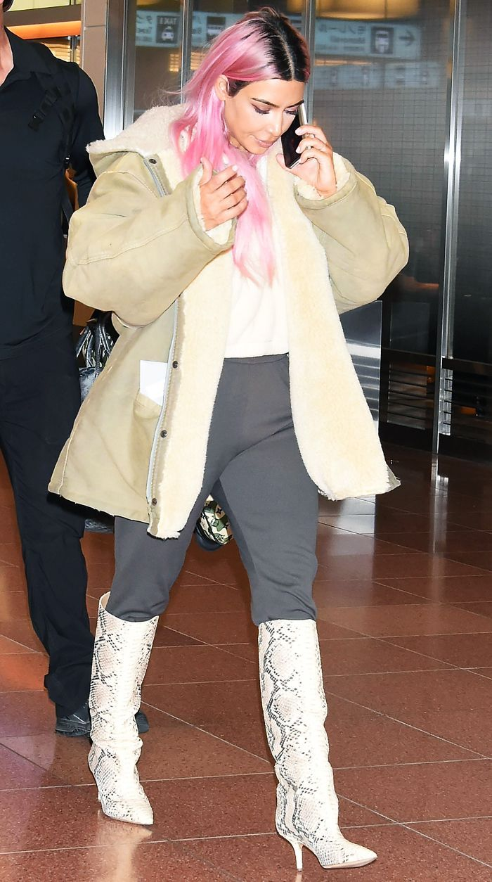 Kim Just Arrived In Tokyo With Pink Hair But It's Her Boots That I'm Looking At - Fashion Style Tips