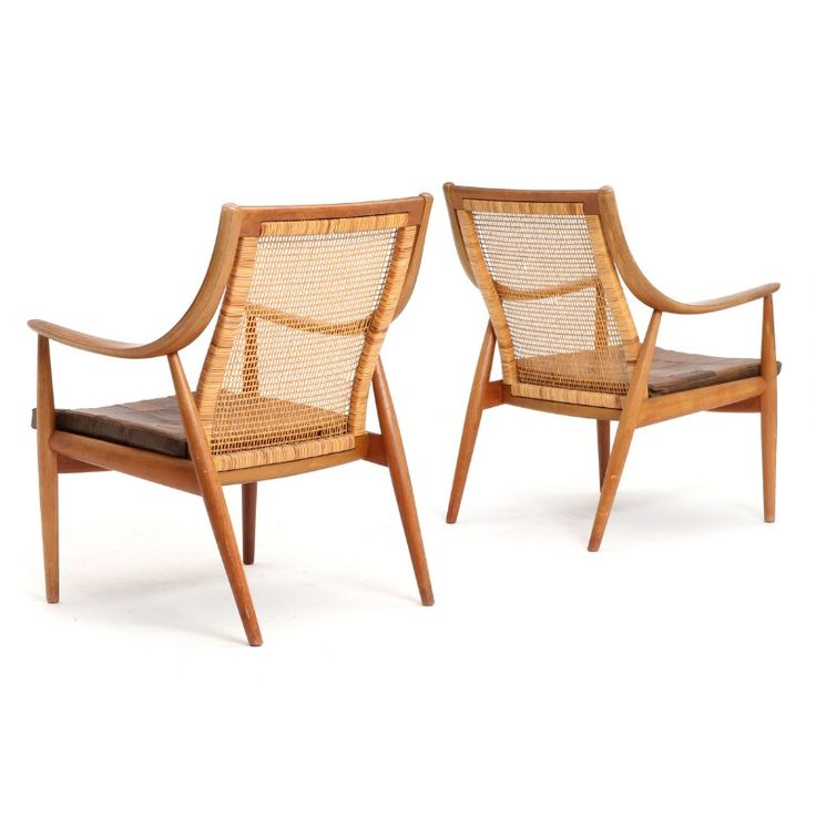 Peter Hvidt & Orla Mølgaard Nielsen: A pair of easy chairs with teak frame, back with woven cane. Model 147. Manufactured by France & Søn after 1957.