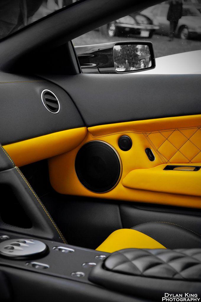 Lamborghini LP640 Interior yellow and black interior