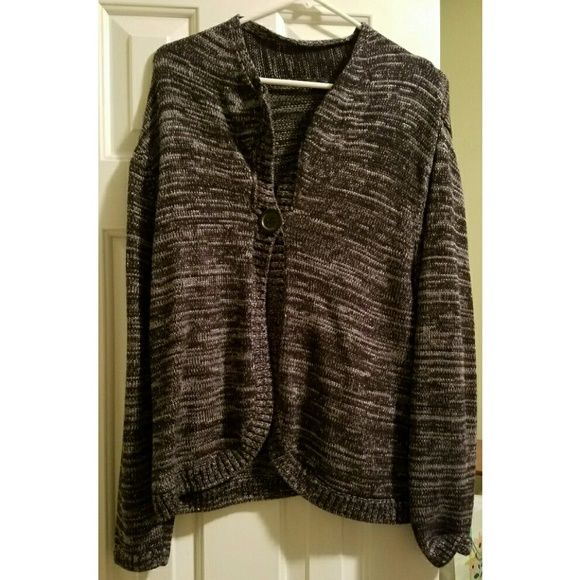 Westbound Large one button cardigan black gray This is a pretty gray, black and silver cardigan by Westbound. The size is large. It was purchased at Dillards.  Only worn twice, and in excellent condition. I tried to show the silver threads in the 2nd pic. westbound Sweaters Cardigans