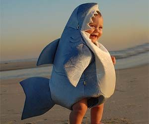 Baby Shark Costume: Adorable! #Baby #Costume #Shark
