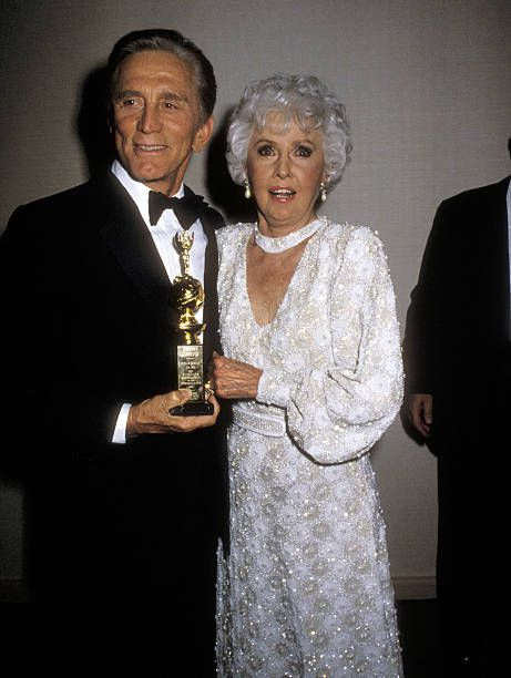 Actor Kirk Douglas and actress Barbara Stanwyck attend the 43rd Annual Golden Globe Awards on January 24 1986 at Beverly Hilton Hotel in Beverly...
