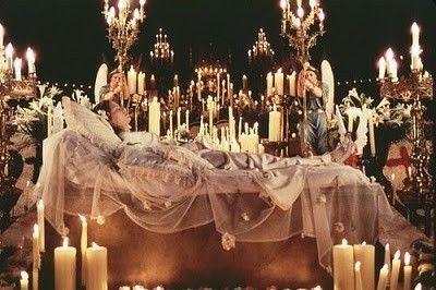 YEESSSSSSS!!! Baz Luhrmann's Romeo and Juliet