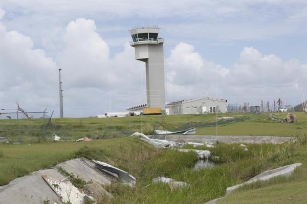 Aeropuertos de Islas Vírgenes reabrirán esta semana tras paso de huracán