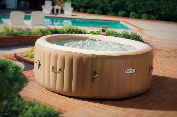 97 X Luiertaart Inspiratie Tutorials Foto S En Filmpjes Ook Kransen En Motors Jacuzzi Hot Tub Inflatable Hot Tubs Spa Hot Tubs
