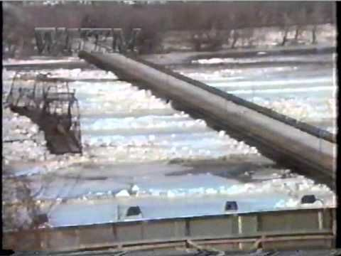 Walnut Street Bridge collapse, Harrisburg PA 1996 //  filmed in slow motion as it also collapses into the Market Street Bridge (full screen)