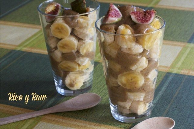 Plátano con Crema Dulce