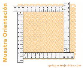 Los tejidos tienen diferentes tensiones de acuerdo con la forma de tejer. El tejer más apretado o más flojo da un resultado diferente en la ...
