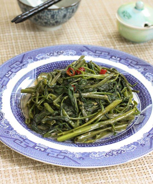 Cantonese Style Water Spinach Stir-fry. w/ step by step photos