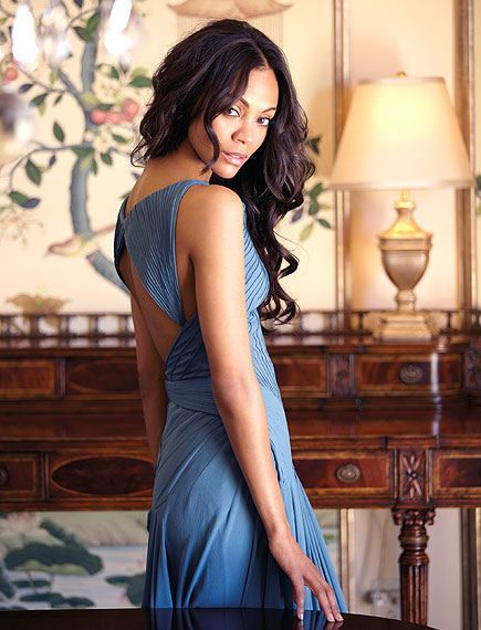 Zoe Saldana, you are perfect  She kinda looks like Vanessa Hudgens here..