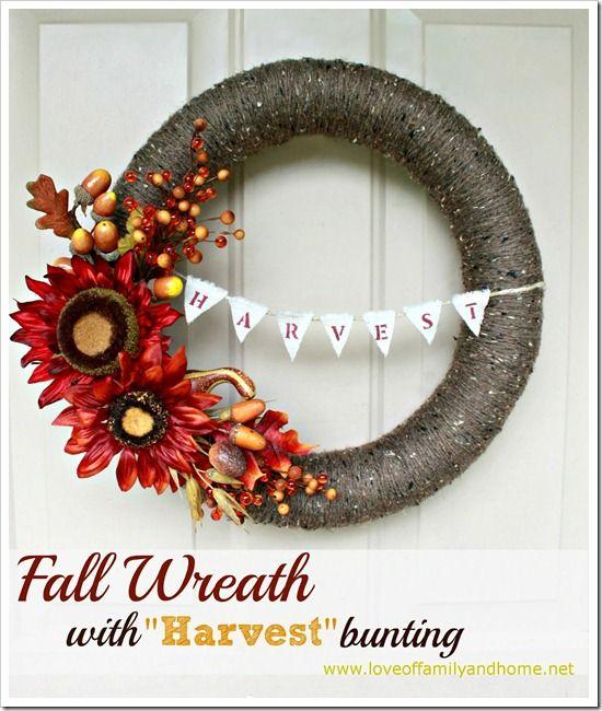 DIY Fall Yarn Wreath With Bunting