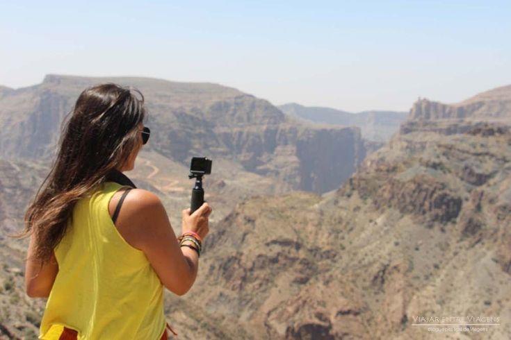 Vai viajar em Omã? Aqui encontra tudo o que precisa: roteiro, dicas, quando ir, como chegar, como se deslocar, vistos e lugares imperdíveis no país.