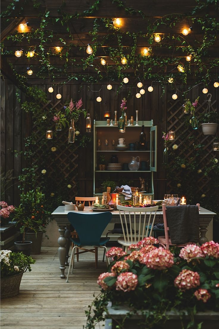 25 best ideas about party shed on pinterest in the for Terrace party decoration