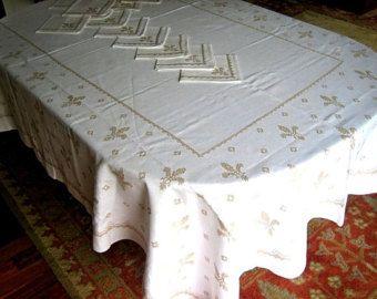 "Tablecloth Vintage Embroidered Brown Fleur de Lis Embroidery LINEN 102"" +12 Napkins"