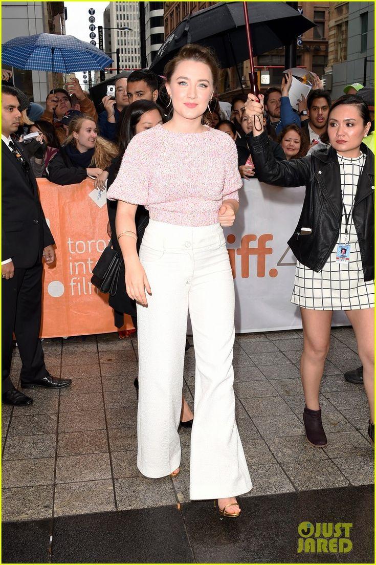saoirse ronan arrives at the u0027brooklyn u0027 premiere during the 2015