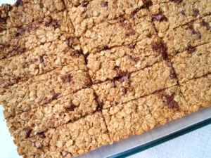 Chewy Oatmeal Chocolate Chip Granola Bars.. much better than store bought! by macadc