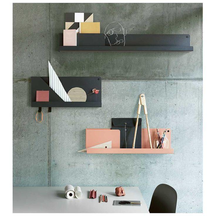De #Folded wandplank van #Muuto is een van de nieuwste ontwerpen in de collectie. Leuk om te weten: het is een ontwerp van #Nederlandse #Designer Johan van Hengel. Deze #wandplank is ideaal om kleinere items in op te bergen. Verkrijgbaar bij #MisterDesign