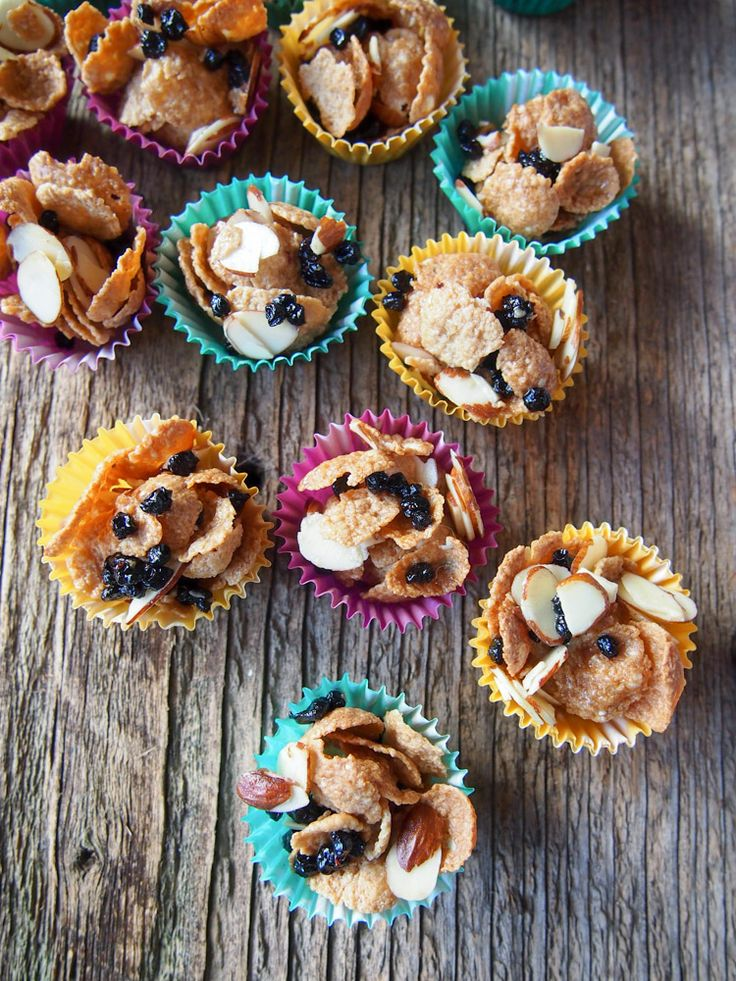 Vegan Cornflake Cereal Cookies | vermilionroots.com