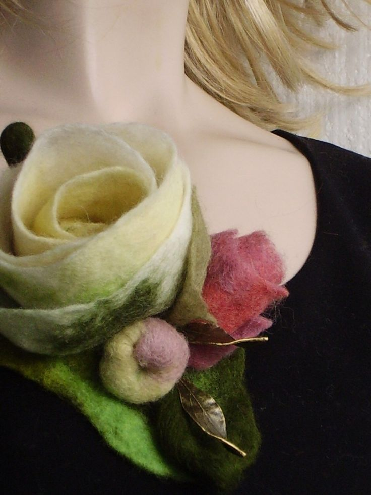 Felted Rose Flowers Vanilla Dusty pink Brooch  with leaves- big romantic flower bouquet pin #1 by Evgene on Etsy https://www.etsy.com/listing/288789745/felted-rose-flowers-vanilla-dusty-pink
