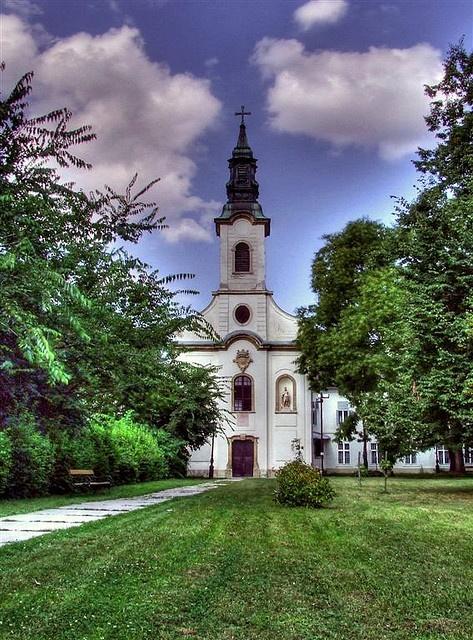 Martonvásár, templom