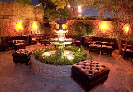 Fountain Outdoor Classy Lounge Les Deux Los Angeles