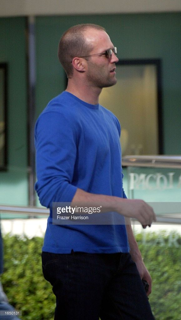 Actor Jason Statham shops on Melrose Avenue November 12, 2002 in Beverly Hills, California.