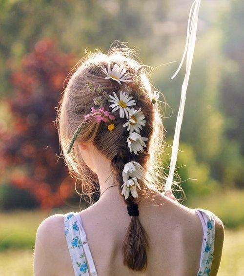 braids and flowers: French Braids, Curly Hairstyles, Flowers Children, Summer Hair, Girls Next Doors, Hairstyles Tutorials, Flowers Hair, Hair Style, Summer Photo