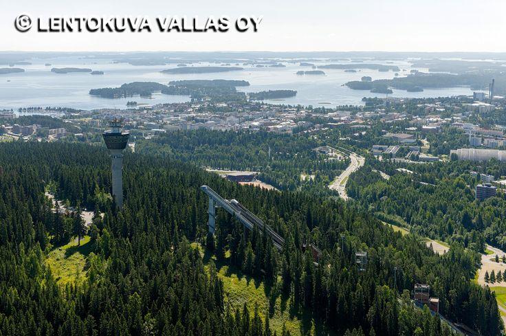 Puijo ja kaupunkia taustalla Ilmakuva: Lentokuva Vallas Oy