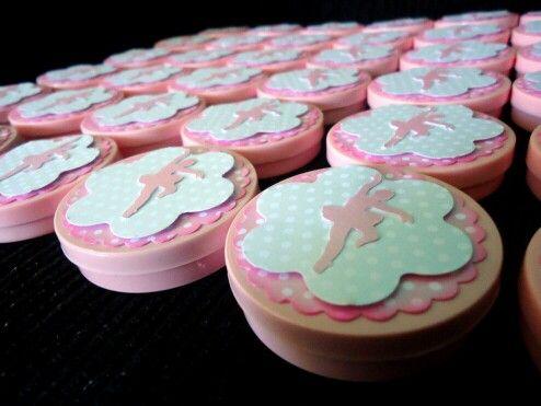 Scrap Latinhas Bailarinas. Contagem regressiva pra essa festa... ♥♡♥  #bailarina #ballet #ballerina #scrap ##scrapbook #latinhaspersonalizadas #cute #sdv #rosa #Pink #lembrancinhaspersonalizadas #festapersonalizada #festarecife #kidsparty #balletparty #mimos #atelielpcharms #festainfantil #lembrancinhas #scrapfesta #like #curti   By Ateliê LP Charm's