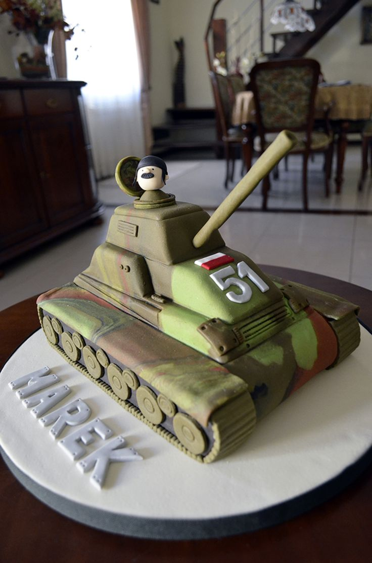 53 best army images on Pinterest Army cake Army tank cake and