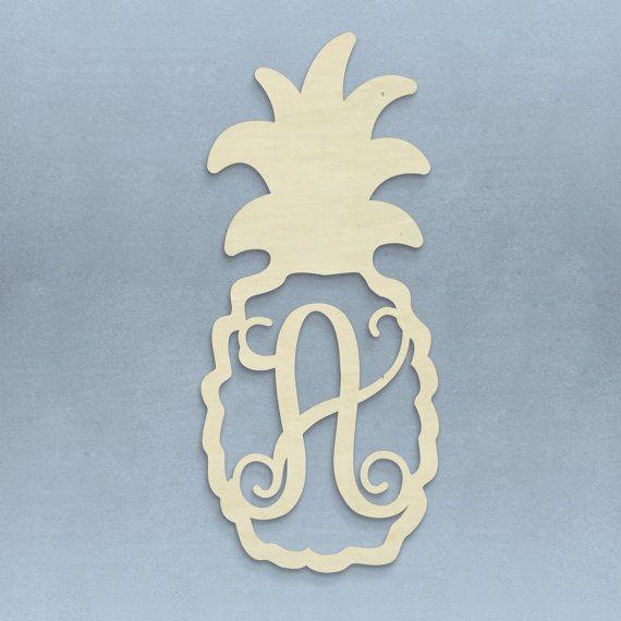 21 Inch Unfinished Pineapple Monogram Door Hanger