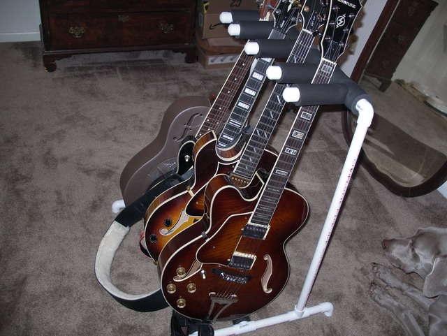 diy multiple guitar stand