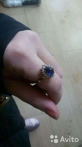 Золотое кольцо с сапфиром и брилиантами— фотография №2