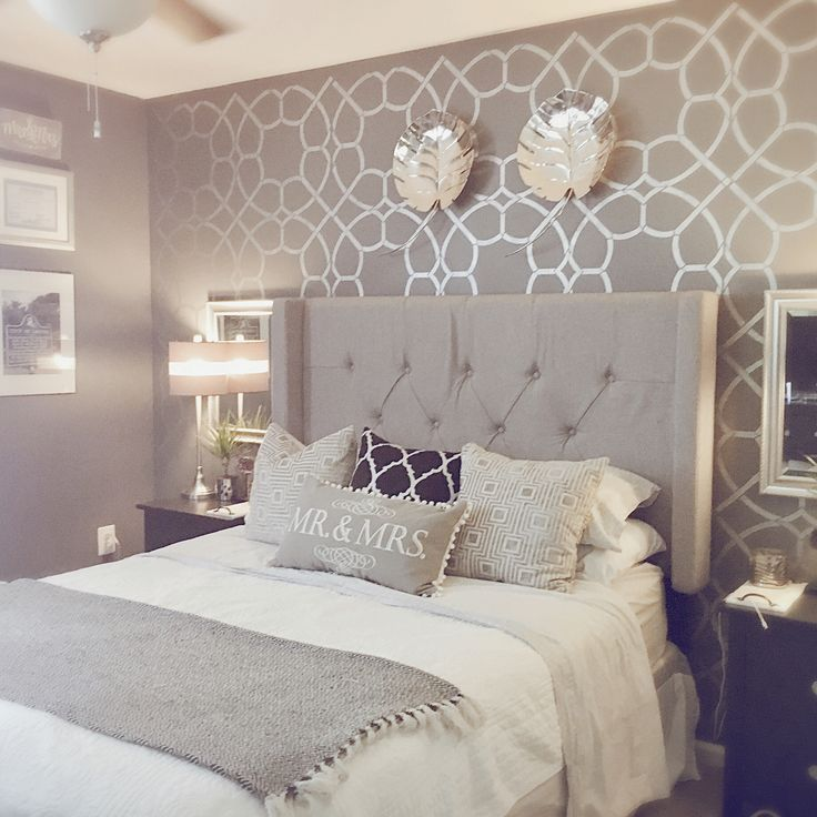 Silver Acrylic Paint Over A Charcoal Wall Gothikbarbie31 Coco Trellis Allover Stencil Di Wall Decor Bedroom Home Decor Bedroom Master Bedroom Wallpaper