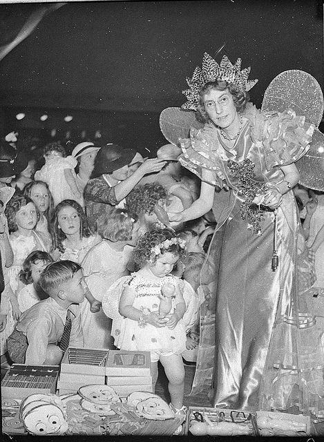Radio station 2CH's Children's Christmas party, Trocadero, 22 December 1936, by Sam Hood  Find more detailed information about this photograph: http://acms.sl.nsw.gov.au/item/itemDetailPaged.aspx?itemID=35986  From the collection of the State Library of New South Wales http://www.sl.nsw.gov.au