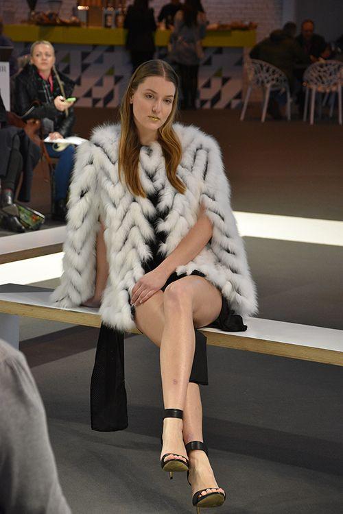 JayLey Catwalk Spring 2016 White Chevron Fur Coat