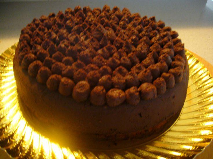 Mousse de chocolate y guayaba. ¡Tremenda tarta! By MissBombones.