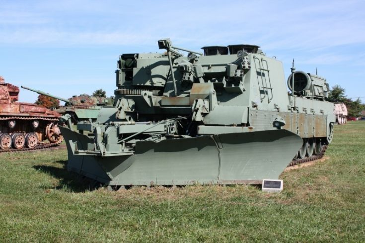 Grizzly | Combat engineering vehicle | Pinterest