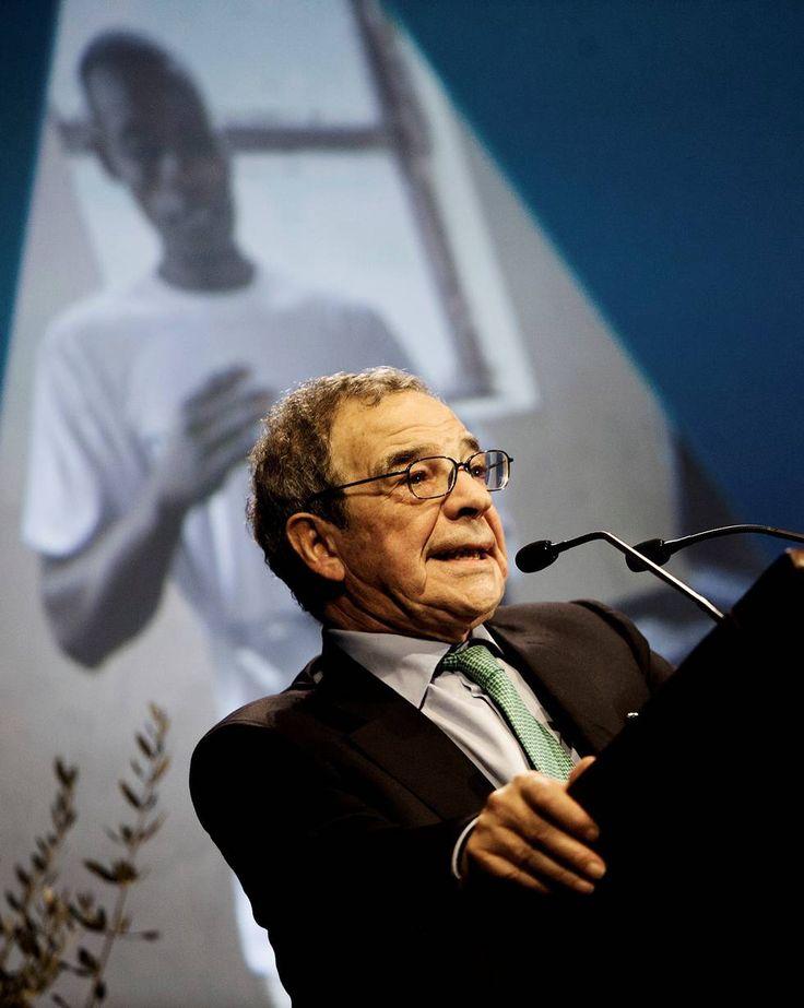 """César Alierta, asesor global para la educación digital y desarrollo sostenible de la ONU ProFuturo es una iniciativa de la Fundación Telefónica y la Fundación Bancaria """"la Caixa"""" para mejorar la educación de más de 10 millones de niños en 5 años en África, América Latina y Asia."""