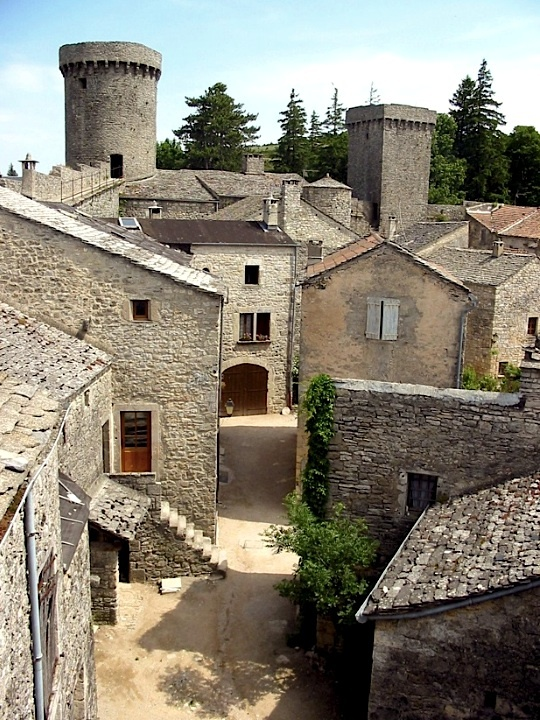 Knights Templar: La Couvertoirade ~ Village of the #Knights #Templar, © by Yeoman. This fortified town in France was owned by the Knights Templar, under orders from the Commandery of Sainte-Eulalie, from the 12th century. They built the fortress during the 12th and 13th centuries; its two upper floors have since been removed. Following their dissolution in 1312, their property in the causses was taken by the Knights of St John of Jerusalem, who were responsible for building the curtain wall.