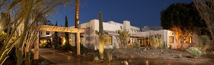Wigwam is the best Resort during baseball Spring Training - Phoenix Arizona Luxury Resorts & Hotels - Chicken Wings at the bar are out of this world!