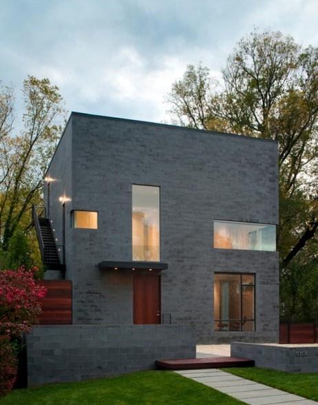 Hampden Lane House in Bethesda by Robert M. Gurney, FAIA